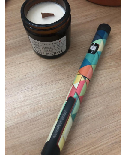 Sticker triangles multi couleurs pour le stylo à insuline de Novo Nordisk®